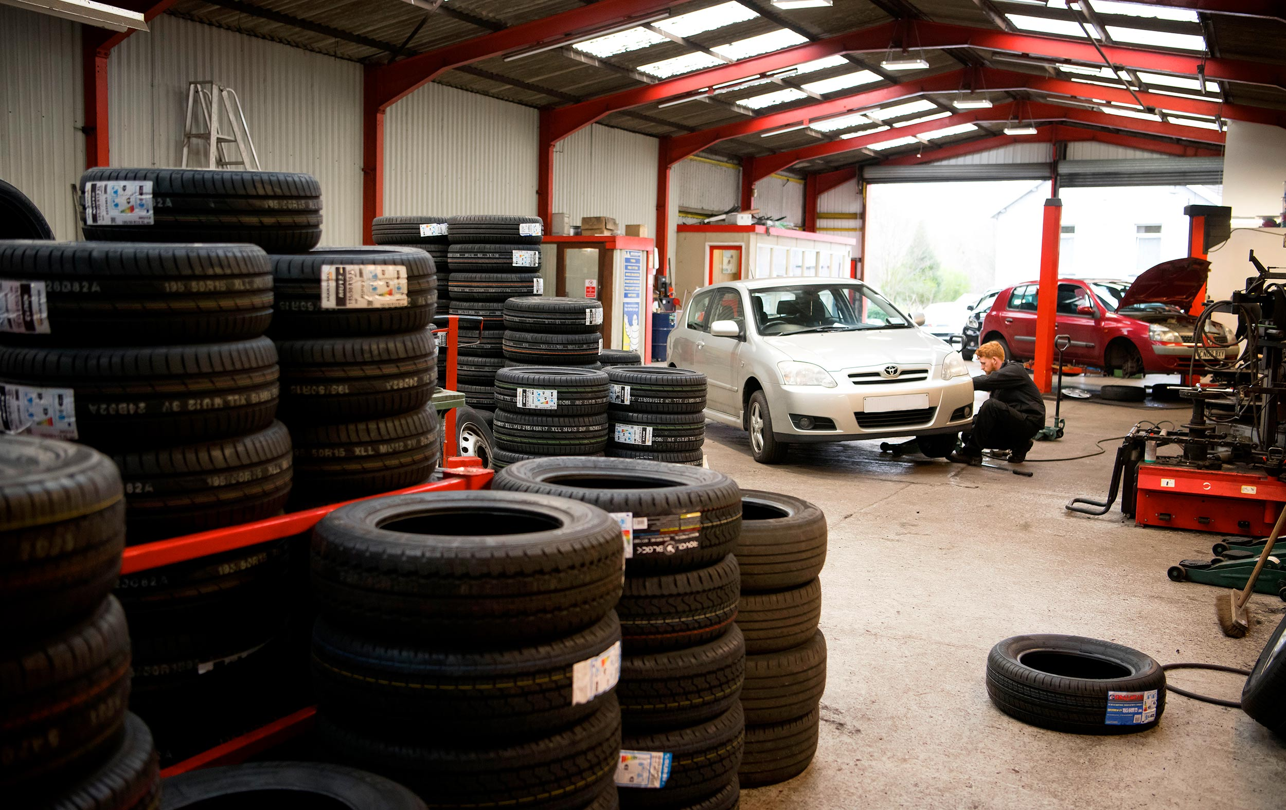 aberdare-discount-tyres-southwales